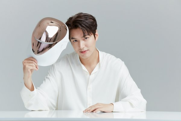 CELLRETURN, the LED mask-specialized business, has chosen actor Lee Min-ho to be its brand model